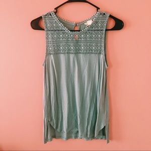 Cute blue top from H&M